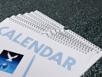 Mehrseitige Wandkalender
